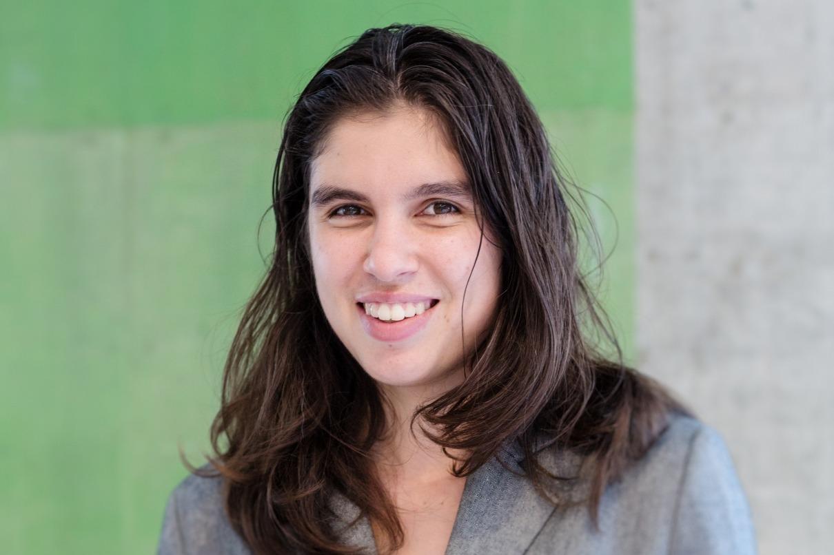 Ellen Van Neervan for web